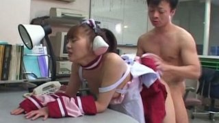 Plain Japanese chick Mari Yamada fucking in the office